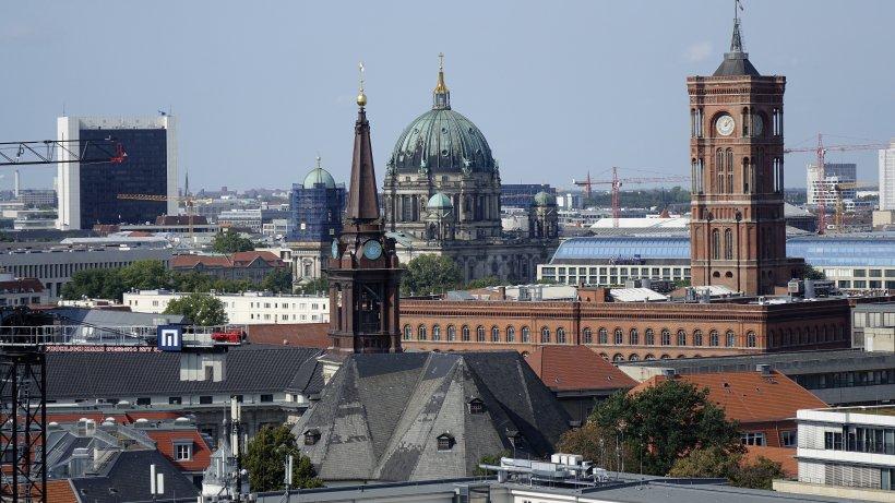 Corona in Berlin: 484 neue Infizierte, 44 weitere Todesfälle, Inzidenz bei 76,5 - Berliner Morgenpost
