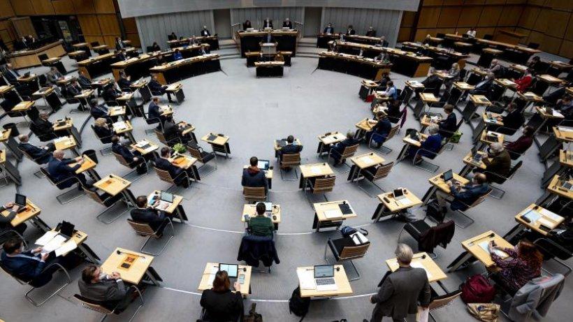 Berliner Senat berät über Migrantenanteil in der Verwaltung