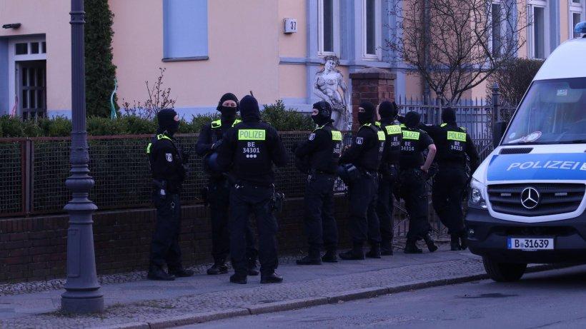 Berliner Clan feiert Hochzeit - Die Polizei ist auch dabei