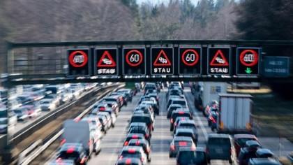 Es dürfte noch viele Jahre dauern, bis auf deutschen Straßen die Elektroautos dominieren.