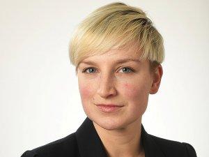Theresa Martus, Politik-Korrespondentin.