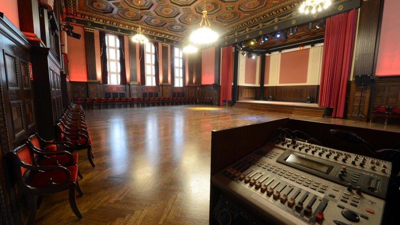 trauerfeier f r bowie am freitag in berliner hansa studios berlin aktuelle nachrichten. Black Bedroom Furniture Sets. Home Design Ideas