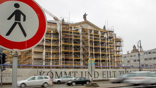 Statt der ursprünglich 239 Millionen sind inzwischen rund 400 Millionen Euro für die Sanierung der Staatsoper veranschlagt