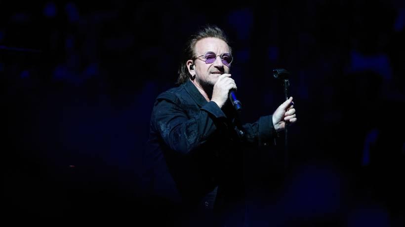 Konzertabbruch Bei U2 In Berlin Bono Versagt Die Stimme Berlin