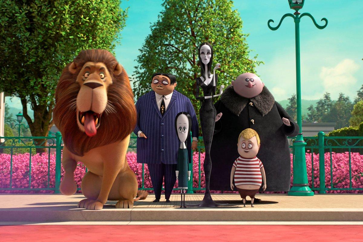 """""""Die Addams Family"""": Zur Entspannung auf die Streckbank"""