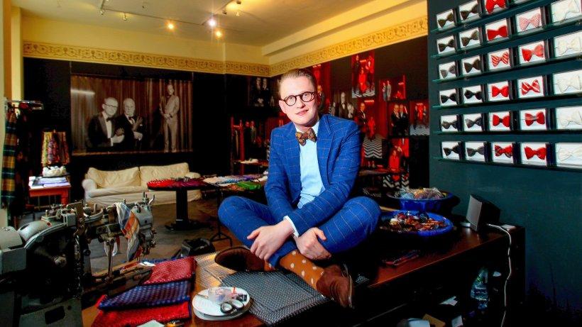 der gentleman macher von berlin leute in berlin promis prominente pers nlichkeiten. Black Bedroom Furniture Sets. Home Design Ideas