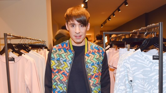 Der Designer Kilian Kerner bei der Eröffnung seines Stores
