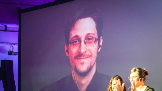 Whistleblower Edward Snowden in der Liveschaltung auf der re:publica