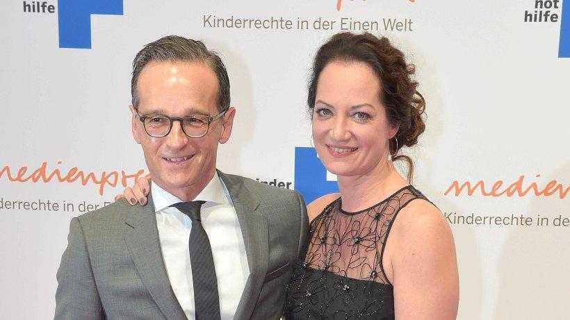 maas und w rner beim medienpreis der kindernothilfe leute in berlin promis prominente. Black Bedroom Furniture Sets. Home Design Ideas