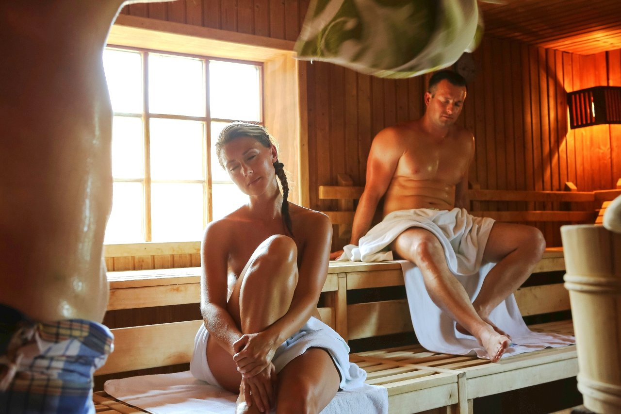 Would you feel comfortable nude in a mixed sauna