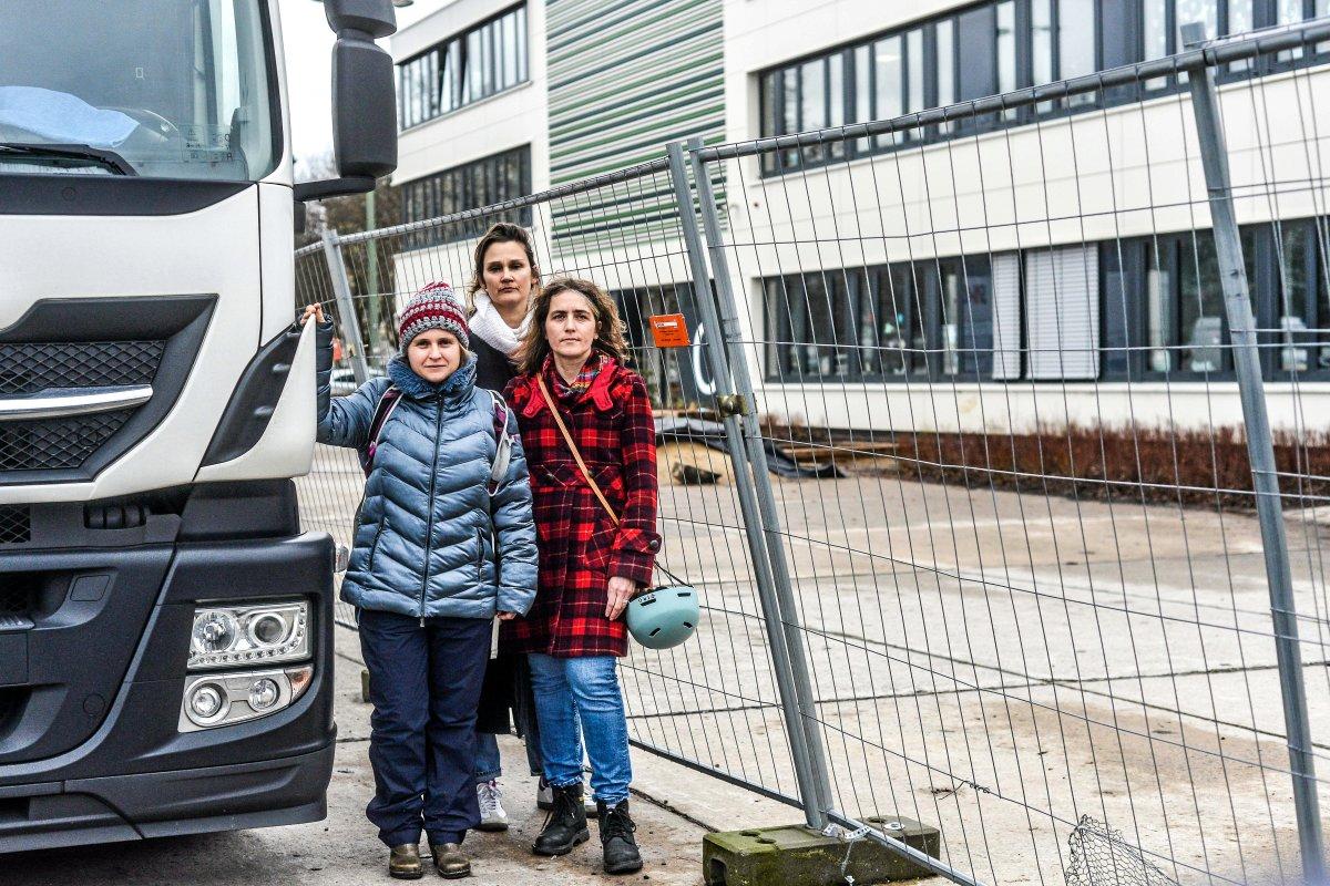 Prenzlauer Berg: Eltern wollen Lkw-Sperren wie am Breitscheidplatz für Schule