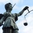 Zwischen 1997 und 2004 soll der Mann einen Sohn und eine Tochter missbraucht haben