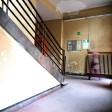 Blick in das Treppenhaus einer Berliner Grundschule