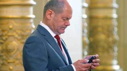 Hamburgs Erster Bürgermeister Olaf Scholz (SPD) während des Partnerprogramms des G20-Gipfels im Hamburger Rathaus.