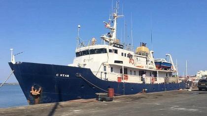 """Die """"C-Star"""" lag zuletzt im Hafen von Famagusta im türkischen Teil von Zypern. Überraschend waren die Mitglieder der """"Identitären Bewegung"""" dort bereits an Bord gegangen, nachdem sie zuvor in Catania gewartet hatten."""
