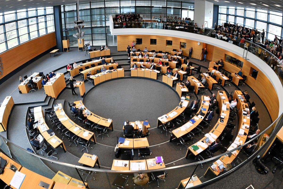 Landtagswahl Thüringen - AfD schiebt sich in Umfrage vor CDU