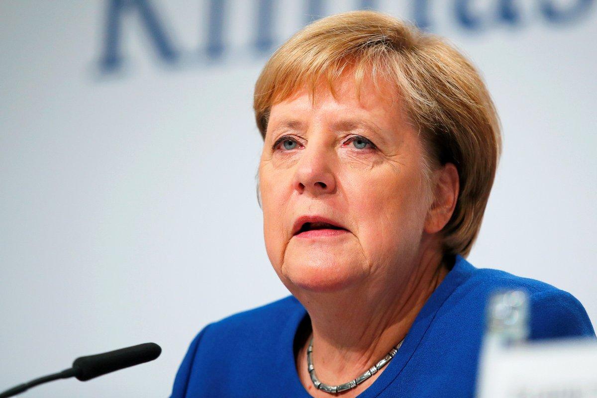 Merkel und AKK fliegen in zwei Maschinen an die US-Ostküste