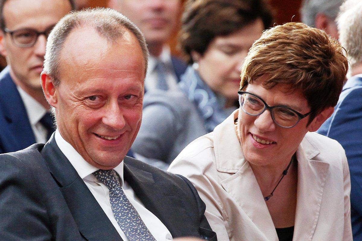 CDU-Parteitag 2019 Leipzig: Merkel, Merz, AKK im Wettstreit?