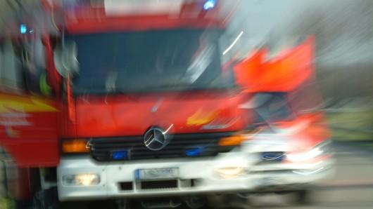 Die Feuerwehr musste in der Nacht zu einem Einsatz in Neu-Hohenschönhausen ausrücken