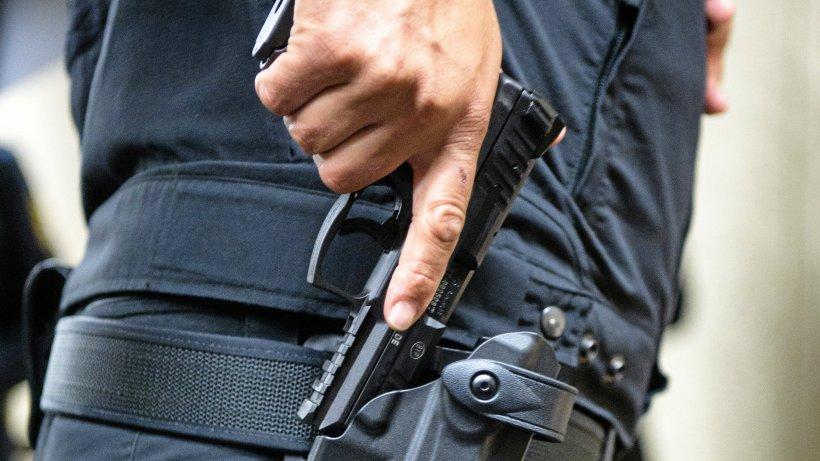 Berliner Polizist bedroht Kollegen mit Dienstwaffe