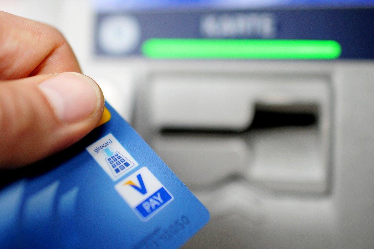 Gebühren beim Geldabheben - Die wichtigsten Tipps für Verbraucher