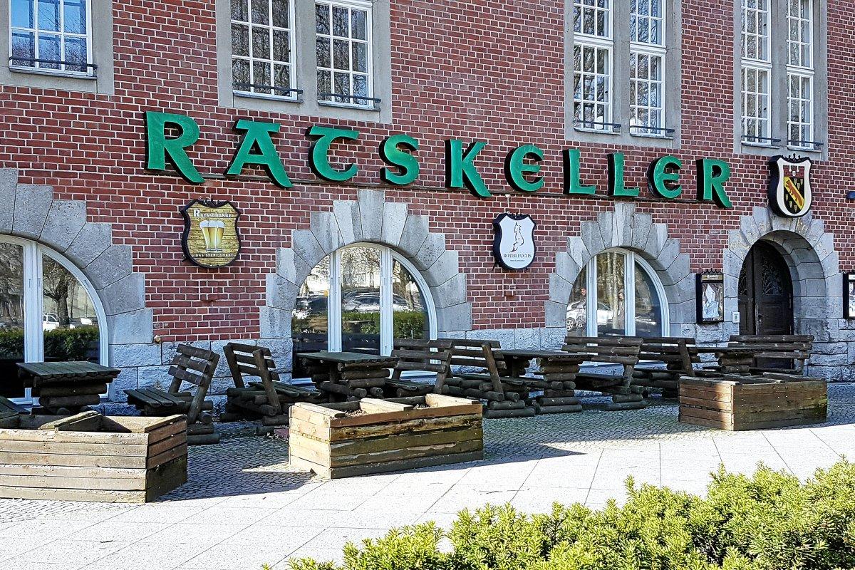 Reinickendorf: Eröffnung des Ratskellers im Rathaus verzögert sich