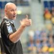 Trainer Erlingur Richardsson gibt Anweisungen