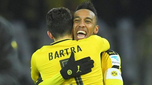 Die Dortmunder Pierre-Emerick Aubameyang und Marc Bartra haben derzeit allen Grund zum Lachen