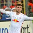 Timo Werner bejubelt seinen Treffer zum 3:1. Leipzig siegt weiter und bleibt Tabellenführer