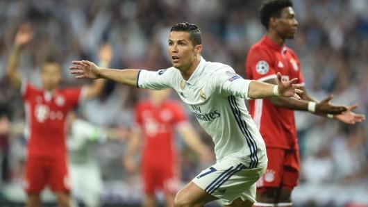 Mit seinen Toren 98 bis 100 erledigte Cristiano Ronaldo die Bayern im Alleingang. Als erster Spieler überhaupt erreichte er die 100-Tore-Marke in der Königsklasse