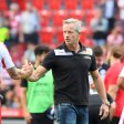 Trainer Jens Keller (r.) erwartet von Stürmer Sebastian Polter mehr Cleverness im Zweikampf und mehr Tore. Er traf erst einmal in dieser Saison