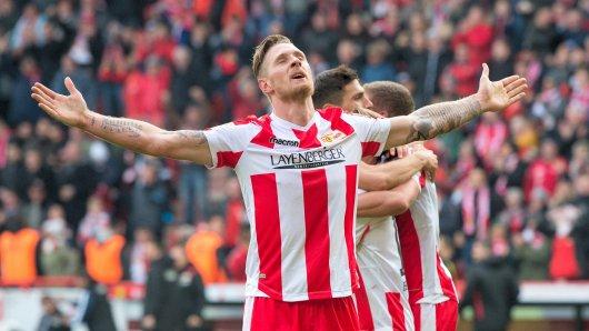 Sebastian Polter und die Erlösung nach seinem Siegtreffer gegen St. Pauli