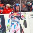 David Poisson bei einer Weltcup-Abfahrt in Kitzbühel 2016. Der 35-Jährige fuhr im Weltcup nur einmal auf das Podest