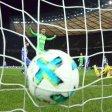 Der frühe Nackenschlag: Lars Stindl (2.v.r.) trifft zum 0:1 für Mönchengladbach. Herthas Keeper Rune Jarstein (Mitte) ist überwunden