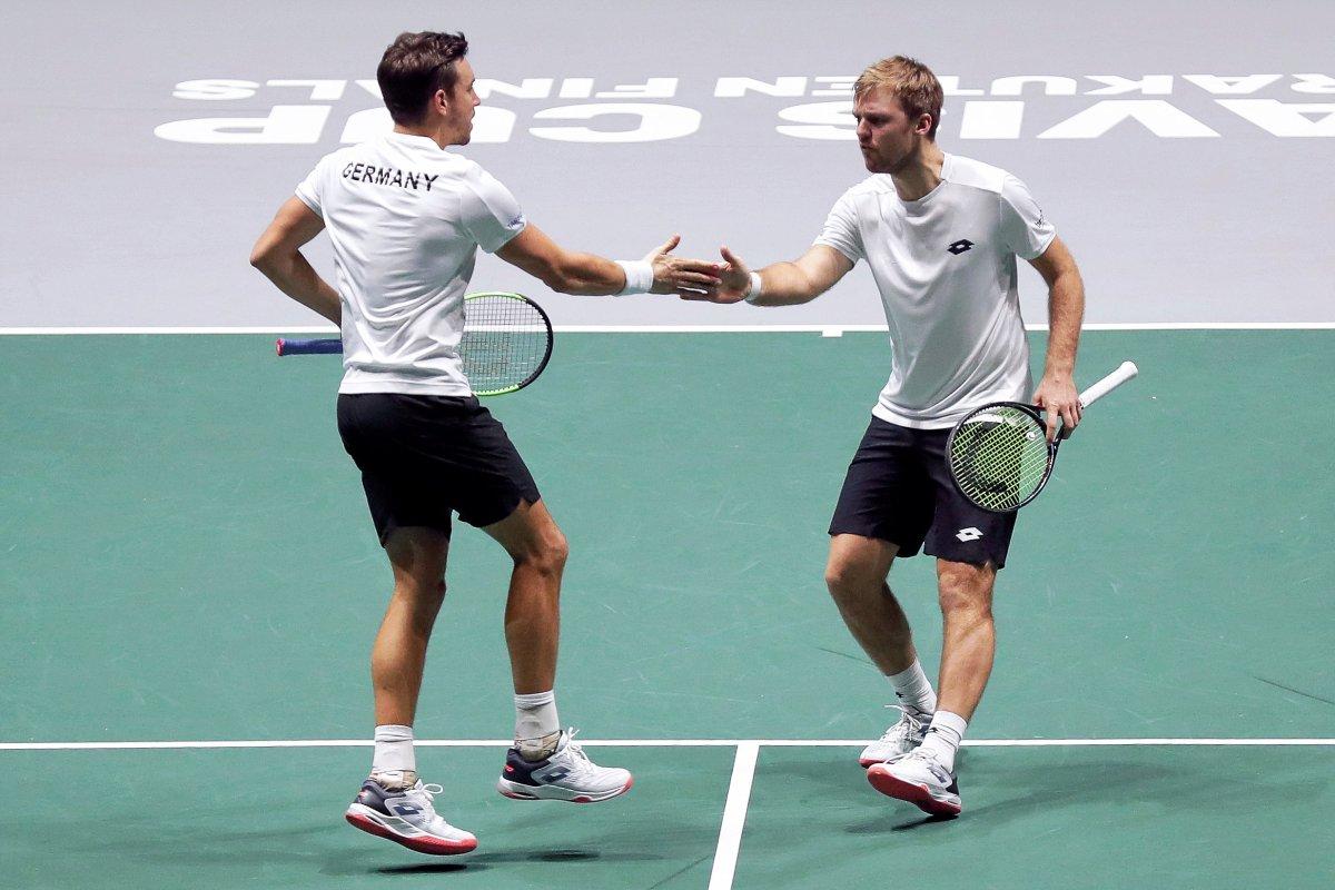 Daviscup: Deutsches Doppel macht Boris Becker glücklich