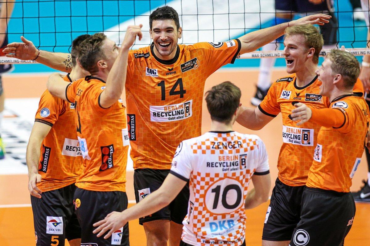 Berlin Volleys lassen Verfolger Haching nur wenig Chancen