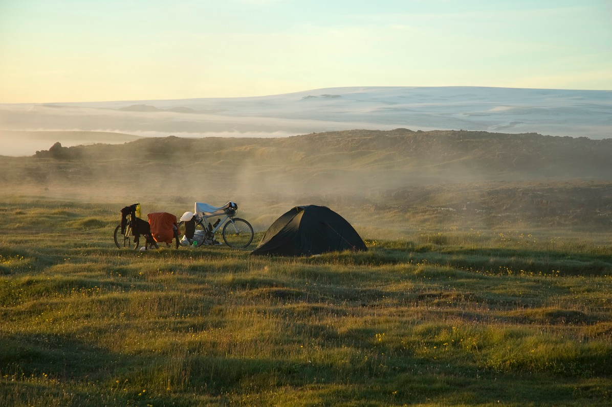 Spektakulärer Zeltplatz auf Island
