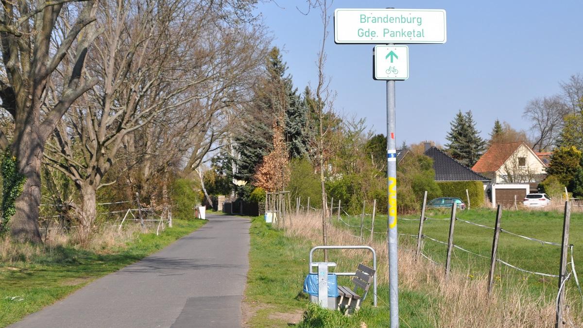 Willkommen in Brandenburg: Schild kurz vor Bernau.