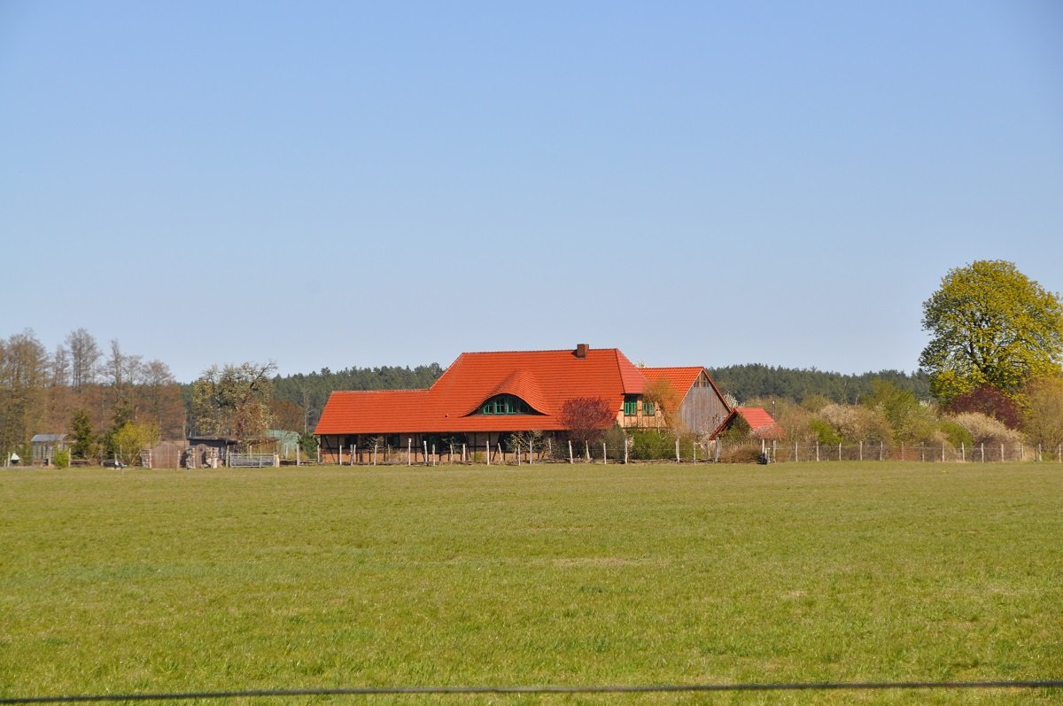 Holländer Hof auf den Wiesen bei Torgelow.