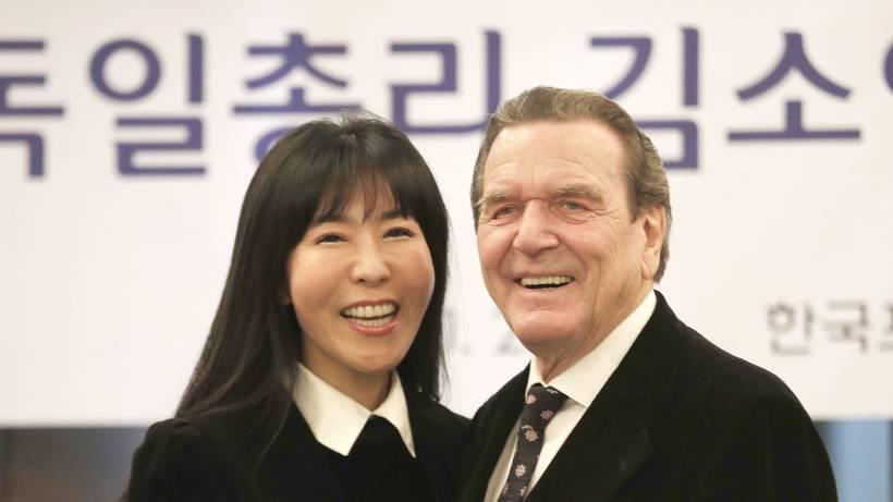 Diesem Muster Folgt Gerhard Schröder Bei Seiner Frauenwahl Stars