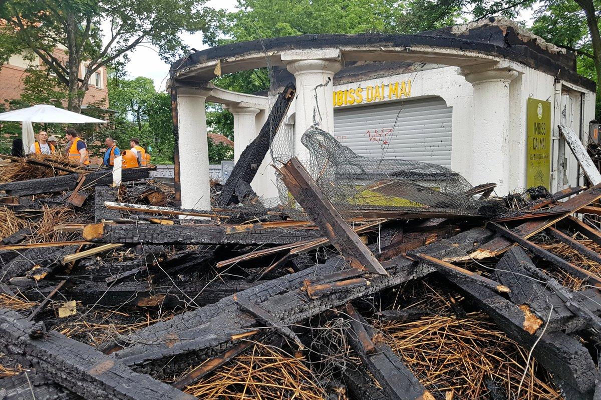 Nach dem Brand: Zerstörter Kiosk in Dahlem wird wieder aufgebaut