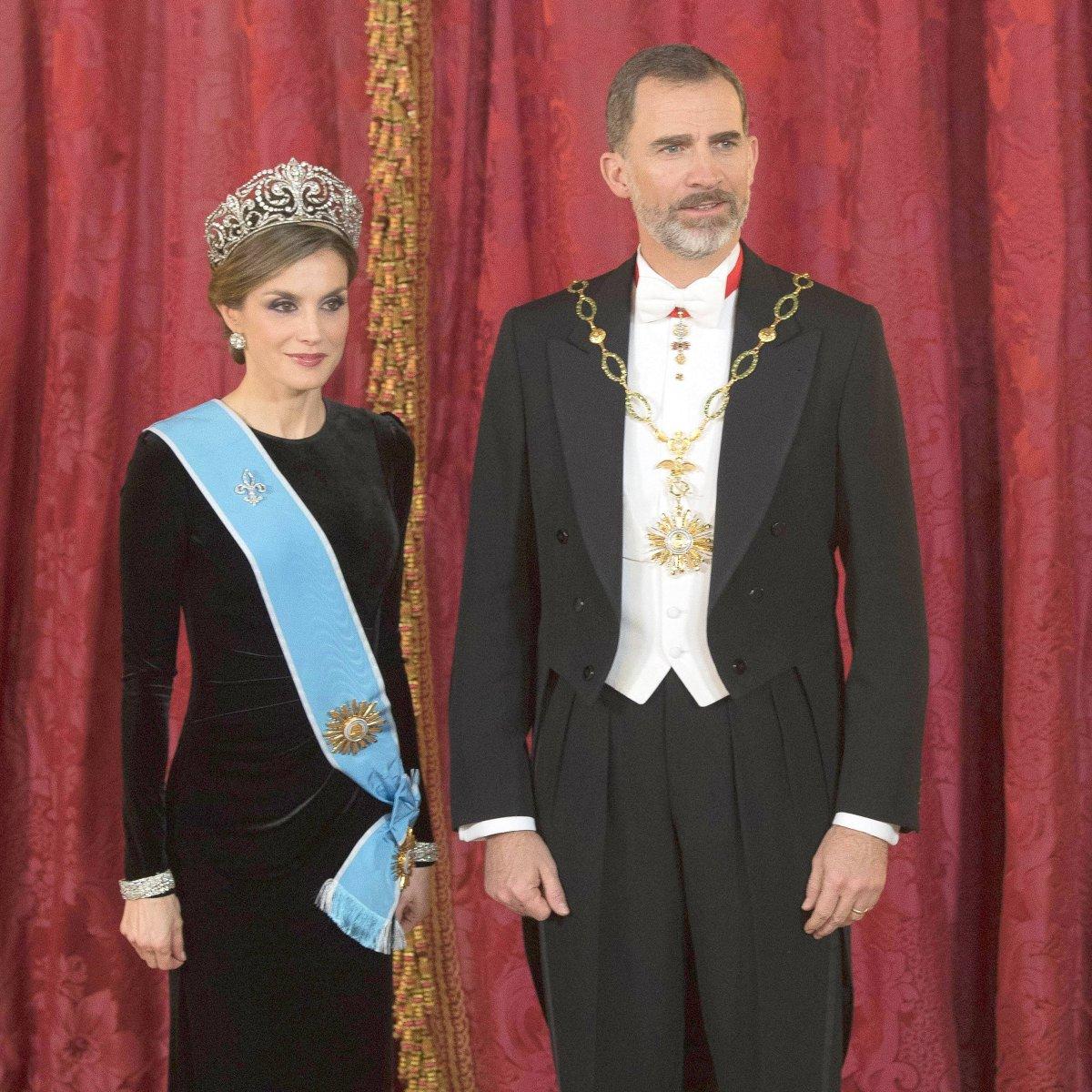 Spanien zwillinge von letizia Königin Letizia