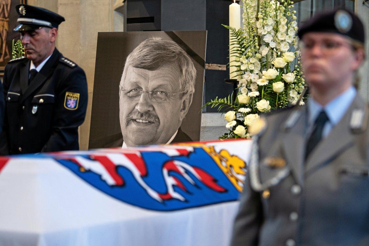 Walter Lübcke: Polizei nimmt Tatverdächtigen fest