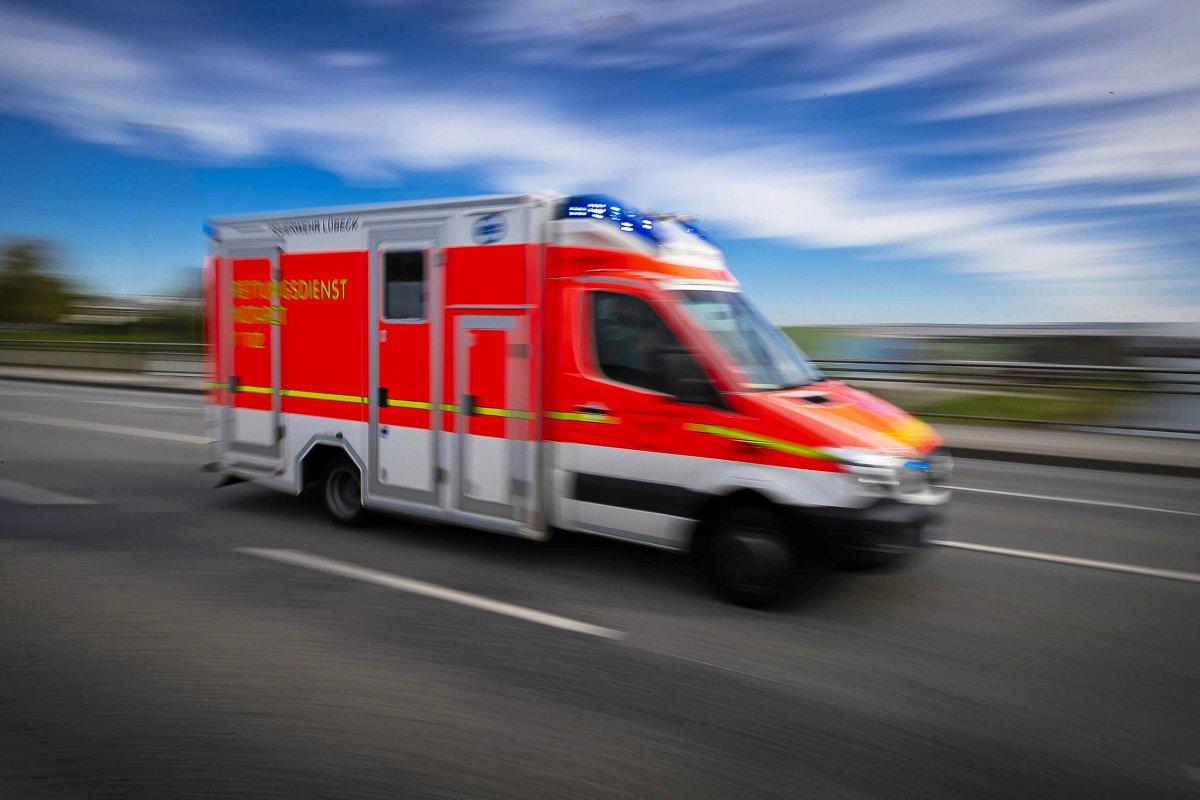 Potsdam: Jugendliche sprüht im Bus mit Reizgas: Zwei Verletzte