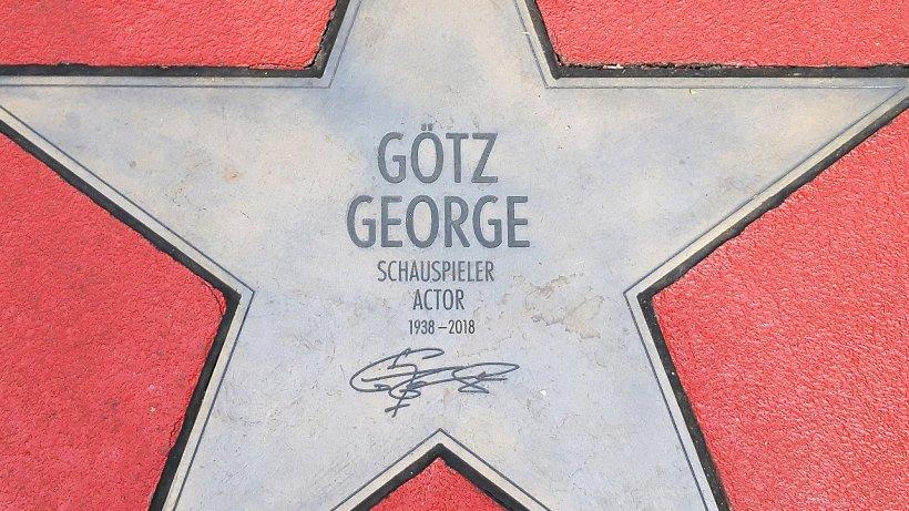 Panne: Wie peinlich: Fehler in Götz Georges Promi-Stern entdeckt