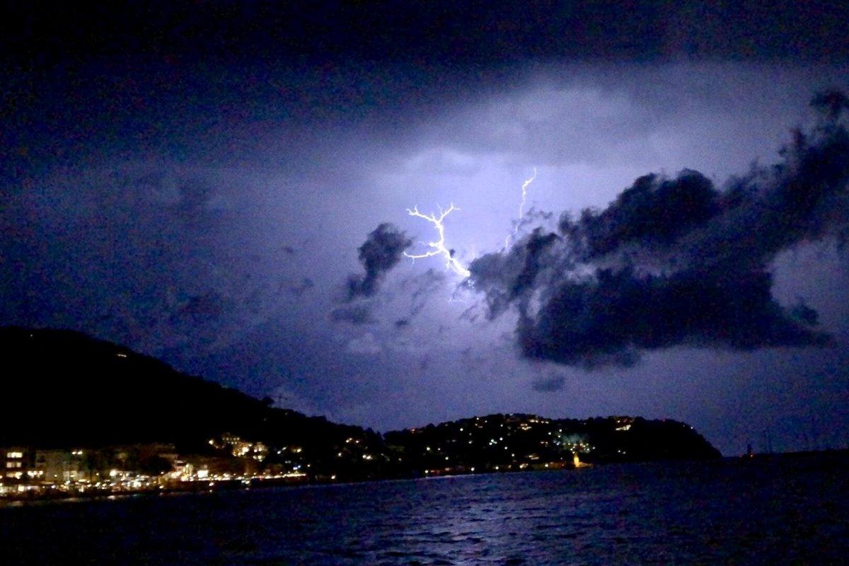 Mallorca drohen Mediance mit Sturmflut, Spanien und Italien Starkregen