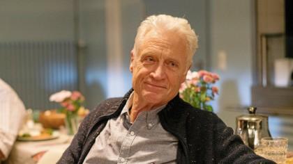 Robert Atzorn hat sich schon vor zwei Jahren entschieden, in Rente zu gehen. Nun wird er 75 Jahre alt.