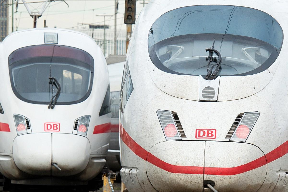 Deutsche Bahn Macht Sich In Ansage Uber Verschworungstheoretiker Lustig Berliner Morgenpost