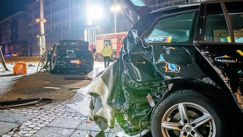 Frankfurt: SUV erfasst Menschen und prallt gegen Haus – Tote