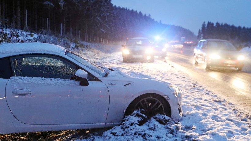 Schnee in Deutschland: Dezember bringt Winterwetter und viele Unfälle